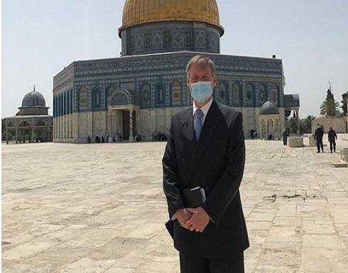 """قنصل بريطانيا بالقدس يزور """"الشيخ جراح"""" ويرفض إجراءات الاحتلال"""
