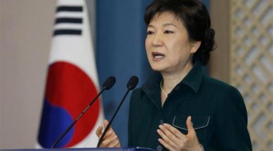 حزب الرئيسة الكورية الجنوبية يطلب منها مغادرة السلطة في أبريل