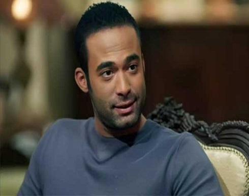 الأخ الوحيد لهيثم أحمد زكي يتسلم شقته التي توفي فيها.. ويتهم الخادمة بسرقة سيارة