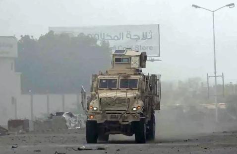 اليمن.. قطع شريان الإمداد الرئيسي للميليشيات بالحديدة
