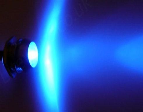 الضوء الأزرق يعالج مضاعفات ارتجاج المخ