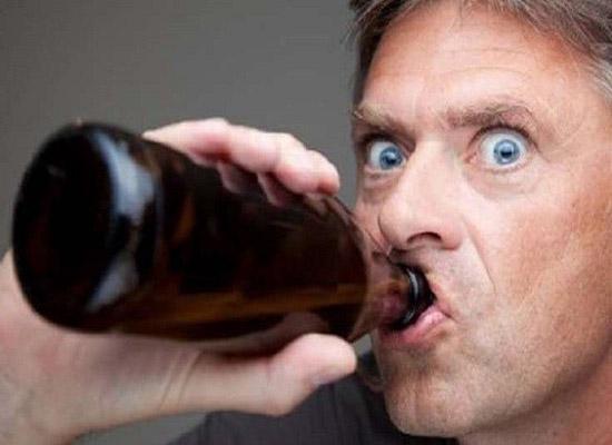 العلماء يكتشفون جينات العبودية في الكحول