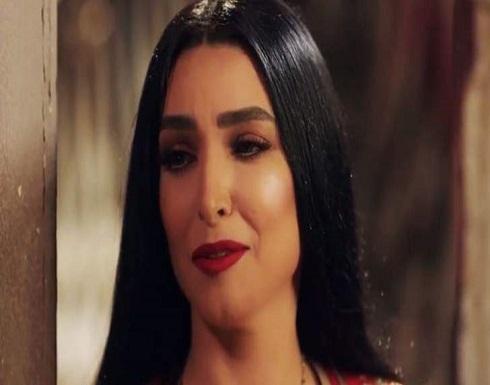 """إليكم مشهد روجينا في مسلسل """"البرنس"""" الذي هاجمها الكويتيون بسببه- بالصورة"""