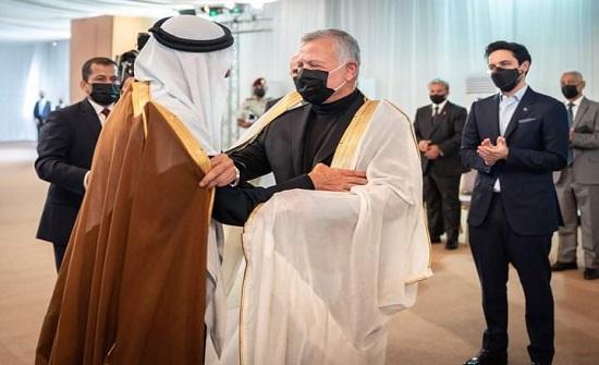 الملك يلتقي شيوخا ووجهاء وممثلين عن المجتمع المحلي في محافظة الكرك