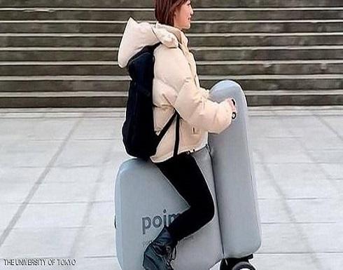 بالفيديو..دراجة كهربائية قابلة للطي والنفخ والحمل في الحقيبة