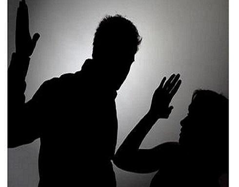 المغرب  : عشرينية تنهي حياة الشذوذ بقتل زوجها