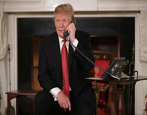 ترامب ينفي استعماله هاتفا شخصيا منذ سنوات