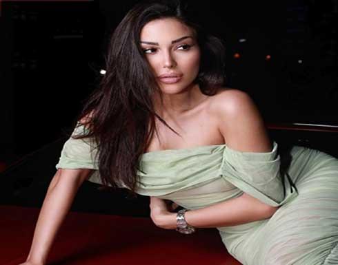 هبة داغر بالابيض المثير تضج انوثة من سريرها .. شاهد