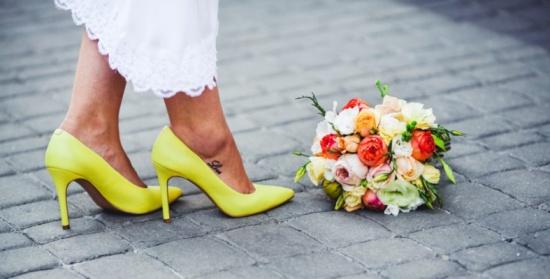 بالصور.. مجموعة رائعة من أحذية الزفاف لن تقاومي جمالها