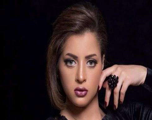"""شاهد :  بطلة """"الفيديوهات الإباحية"""" منى فاروق في المستشفي للمرة الثانية"""
