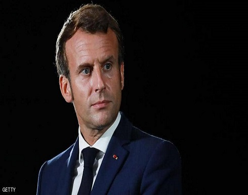 ماكرون يطالب المجلس العسكري في مالي بإعادة السلطة للمدنيين