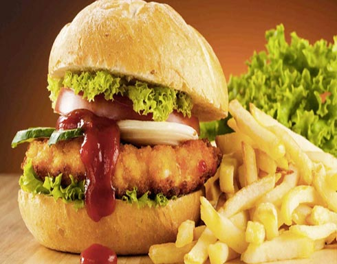 دراسة: الأغذية عالية الدهون تزيد خطر الإصابة بسرطان الرئة