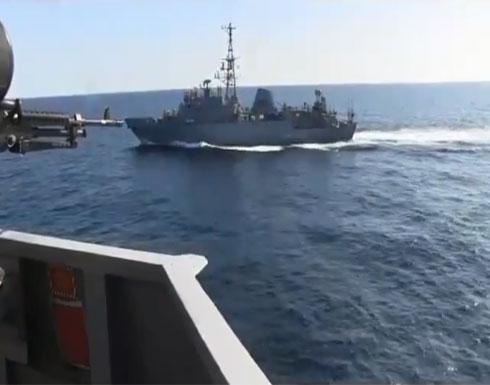 بالفيديو - البنتاغون: سفينة حربية روسية اقتربت بشكل عدائي من مدمرة أمريكية في بحر العرب