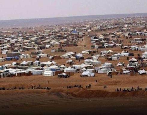 دخول أكبر قافلة مساعدات إلى مخيم الركبان في سوريا