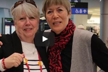 بالفيديو.. لحظة لم شمل أختين بعد 60 عاما