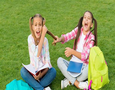 5 طرق لمساعدة طفلك على التعامل مع الصديق السيئ