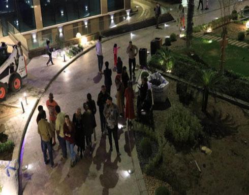 413 مصاب جراء زلزال ضرب غربي إيران