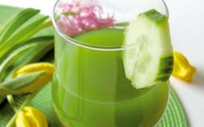 عصير الخيار والليمون المنعش