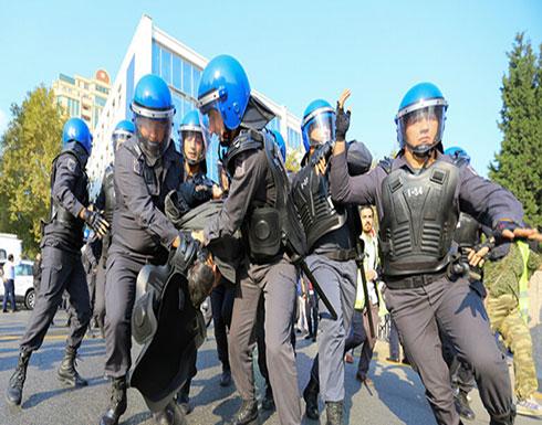 الشرطة الأذربيجانية تحتجز 60 شخصا شاركوا في مظاهرة غير مرخصة بباكو