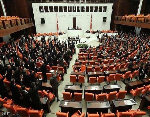 البرلمان التركي يوافق على اتفاقية أردوغان والسراج العسكرية