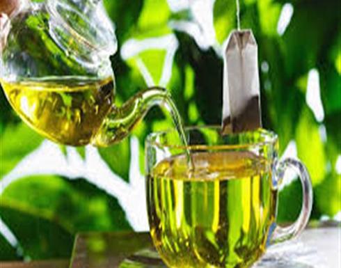 أبرزهم الشاي الأخضر والبصل.. أطعمة تخلص الجسم من السموم