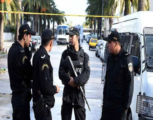 تمديد حال الطوارئ في تونس