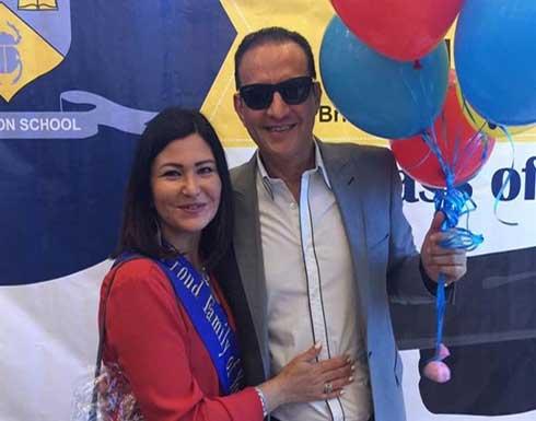 بالصور.. الإعلامي المصري طارق علام وزوجته يتعرضان لحادث خطير