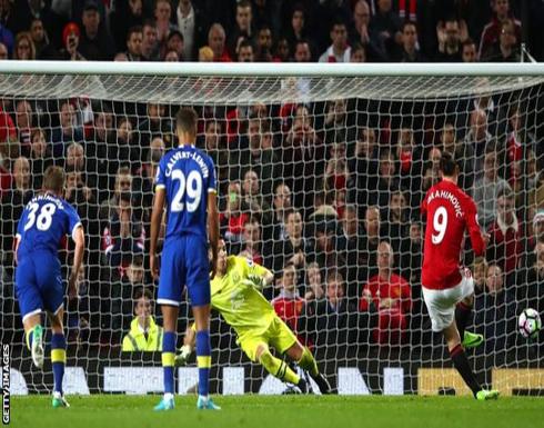 بالصور: مانشستر يونايتد يفلت من كمين إيفرتون بتعادل قاتل
