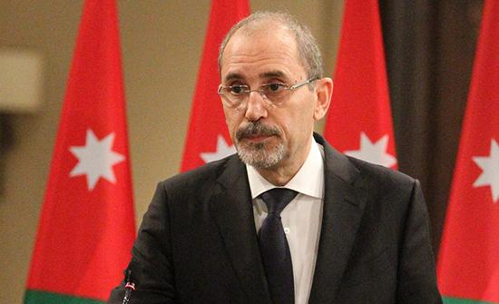 وزير الخارجية يؤكد وقوف الأردن إلى جانب لبنان