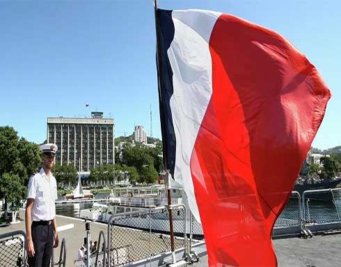 متحدث الحكومة الفرنسية: اتصال هاتفي بين ماكرون وبايدن قريبا بشأن أزمة الغواصات