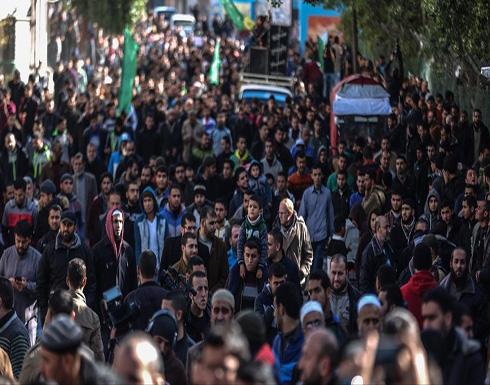 احتجاج بغزة ضد أزمة الكهرباء وحماس تتهم عباس