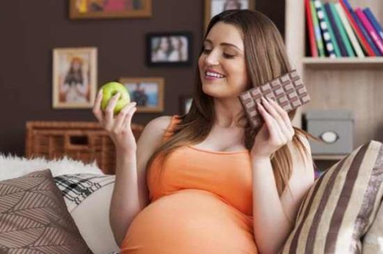 دراسة: الحامل البدينة المصابة بالسكري تزيد خطر إصابة طفلها بالتوحد
