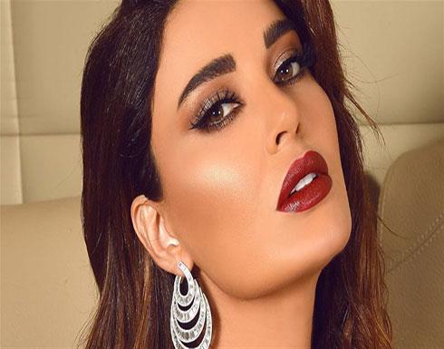 """شاهد : سيرين عبد النور فاتنة تدعم المرأة العربية: """"جبّارة إنت وحلوة"""""""