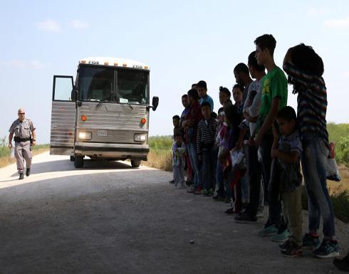 محامون ينتقدون نقل مئات المهاجرين المحتجزين إلى سجون أمريكية