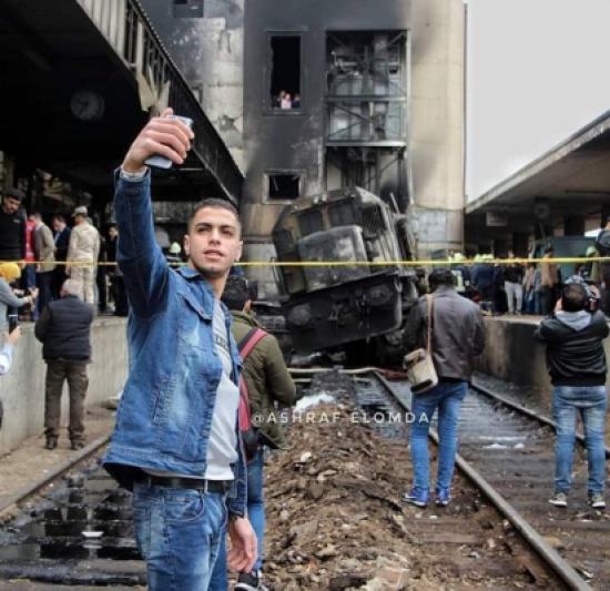 شاهد ما قاله صاحب سيلفي القطار في مصر عن صورته المثيرة (فيديو)