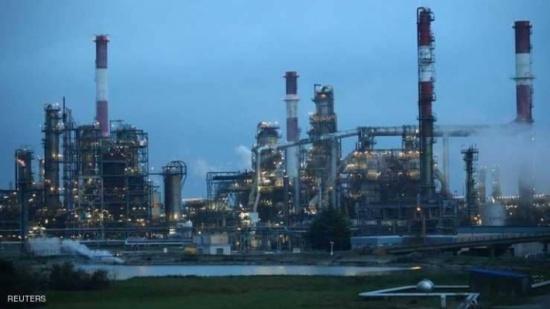النفط يصعد مدعوما بعاشر هبوط في المخزونات الأميركية