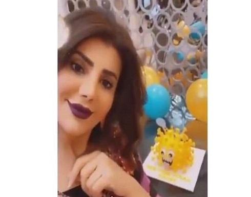 هجوم على فنانة كويتية بسبب فيديو عيد الميلاد .. شاهد