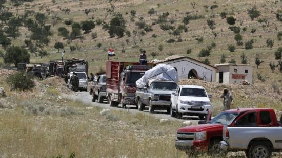 انقلاب الحلفاء.. حزب الله يضغط لبيع أراضٍ في القصير