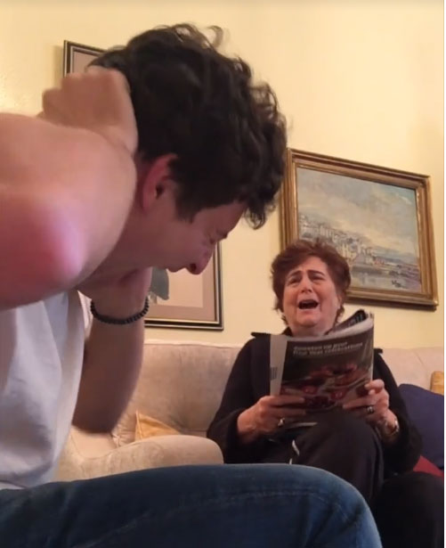 بالفيديو.. 47 مليون مشاهدة لمقالب شاب في جدته