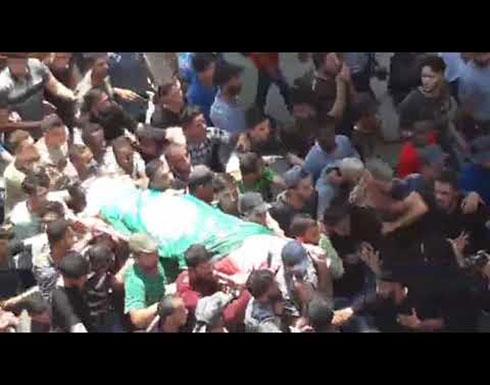 تشييع جثماني مواطنين فلسطينيين استشهدا صباحا جرّاء قصف المدفعية الصهيونية