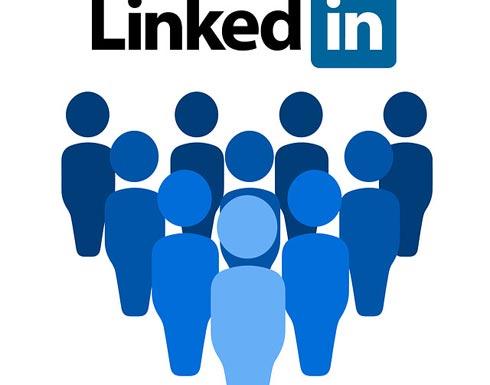 دمج LinkedIn داخل Word.. لكتابة السير الذاتية بشكل محترف