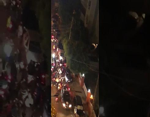 بالفيديو : إصابة 6 محتجين بمواجهات مع قوات الأمن وسط بيروت