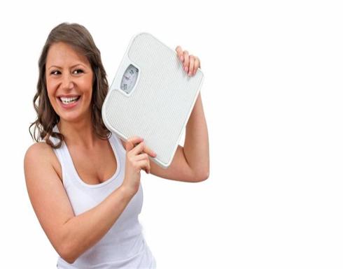 هذا النظام الغذائي المائي يخسر المرأة الوزن