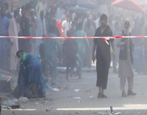 مقتل 3 أشخاص وإصابة 27 آخرين بتفجير هز مدينة جلال آباد الأفغانية
