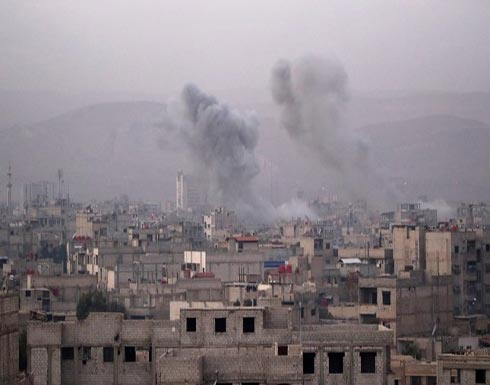 مقتل 50 مدنيا على الأقل نصفهم أطفال في قصف مدفعي وغارات روسية لمخيمين للنازحين شرقي سوريا