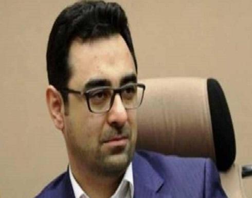 انهيار الريال الإيراني يطيح مسؤولا ماليا جديدا