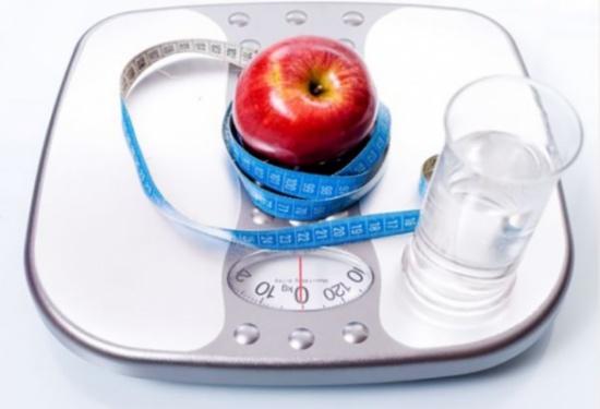 لم تفكّري بهذا السبب يوماً.. إكتشفي ما يمنعك من انقاص الوزن أثناء الرجيم!