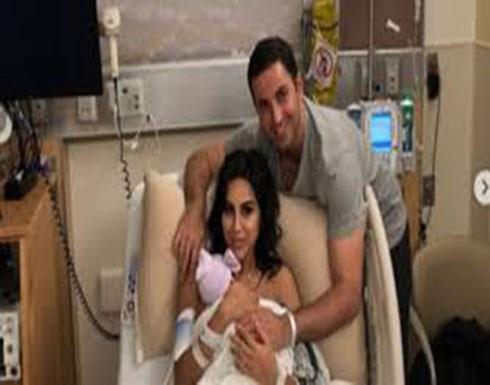 صورة أم عقب ولادة ابنتها تشعل إنستجرام (صور)