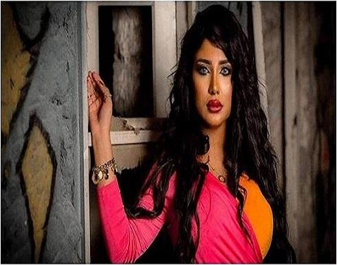 الفاشينيستا سارة الكندري تلوم المرأة بسبب التحرش (فيديو)