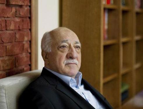 """وزير تركي: معلومات استخباراتية تؤكد أن مصر ودول أخرى بدائل """"غولن"""" للفرار من أمريكا"""